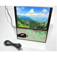 Электронные часы зеркальные с фоторамкой DS-6608 + будильник + термометр настольные от USB, Зеленые