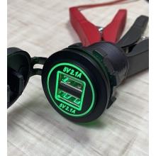 Встраиваемая USB зарядка в авто на 2 USB по 2.1А 12В-24В врезная в панель Зеленая