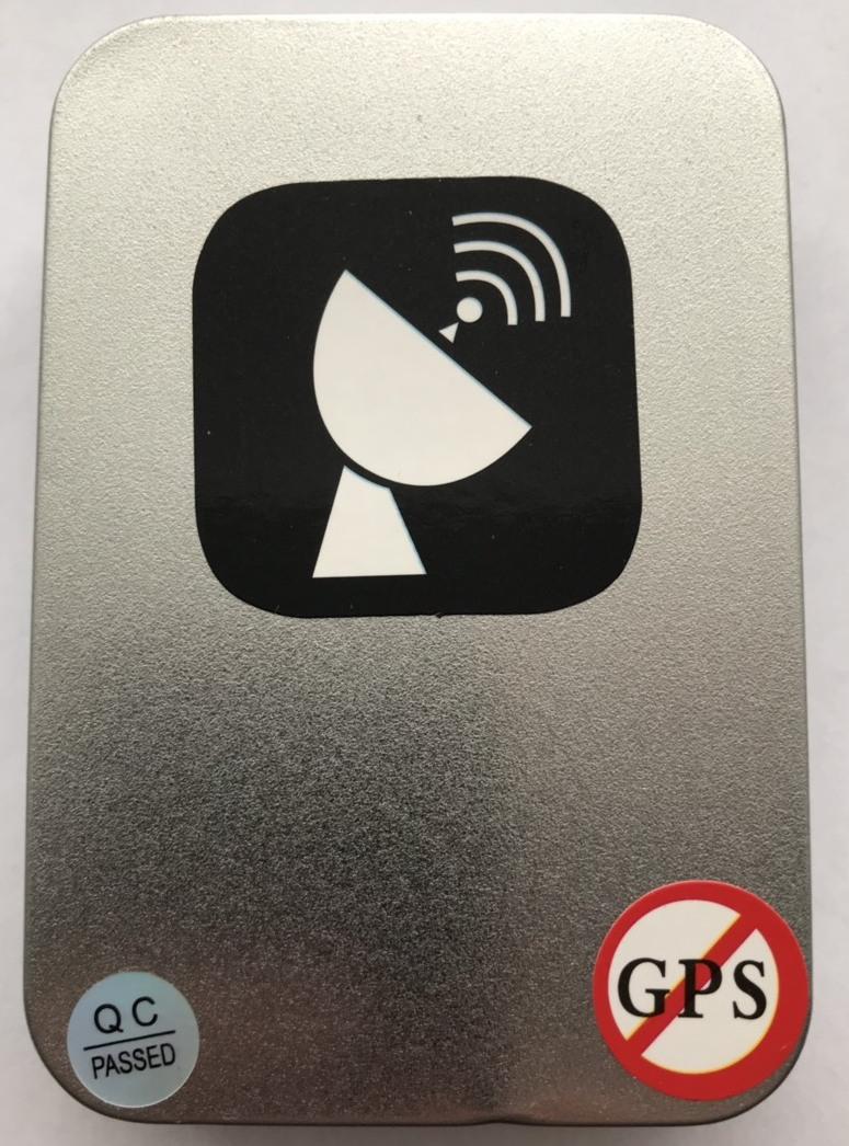 Фото футляра глушилки сигнала GPS в прикуриватель USB